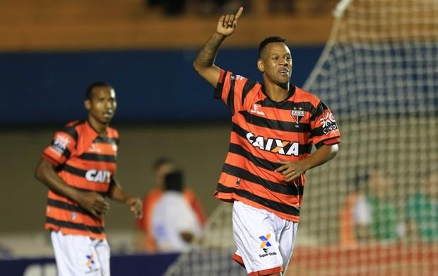 Atlético-GO x Portuguesa no Serra Dourada (Foto: Wildes Barbosa/O Popular)