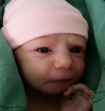 Malu nasceu com problemas cardíacos e precisou passar por cirurgia com apenas um dia de vida (Foto: Arquivo Pessoal)