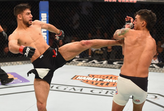 Yair Rodriguez Andre Fili UFC 197 (Foto: Getty Images)