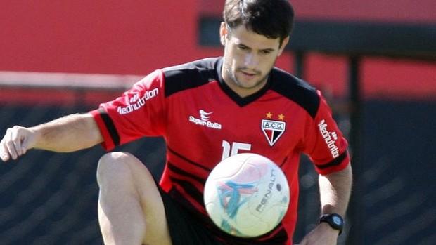 Pipico atacante atlético-go (Foto: Zuhair Mohamad / O Popular)