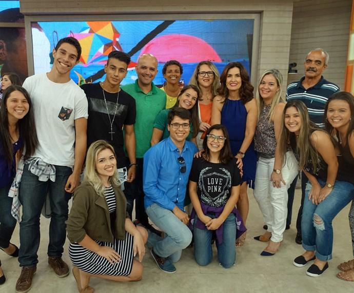 Fátima com a plateia que participou da brincadeira do programa  (Foto: Carolina Morgado/Gshow)