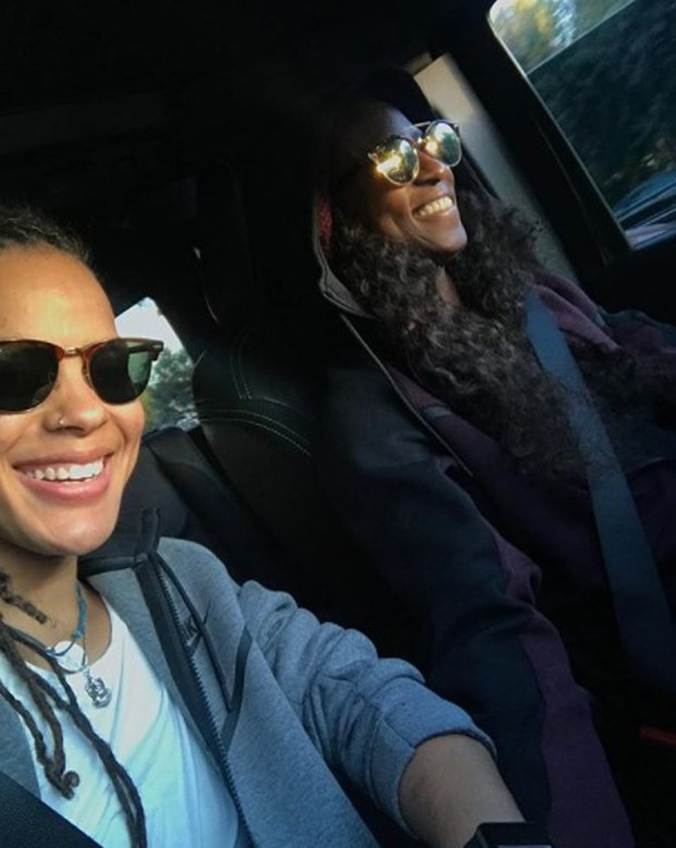 O casal Shonda e Rutina Wesley (Foto: Reprodução/Instagram)