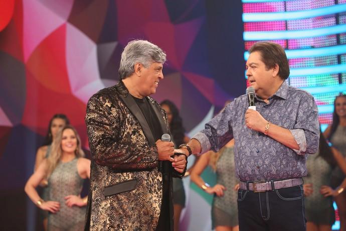 Magal se divertiu em conversa com Fausto (Foto: Carol Caminha/Gshow)