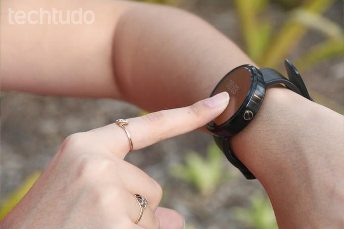 Funcionalidades do Moto 360 podem ajudar no dia a dia (Foto: Lucas Mendes/TechTudo)