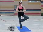 Adepta da yoga, Danielle Winits conta que não largou nem durante gravidez
