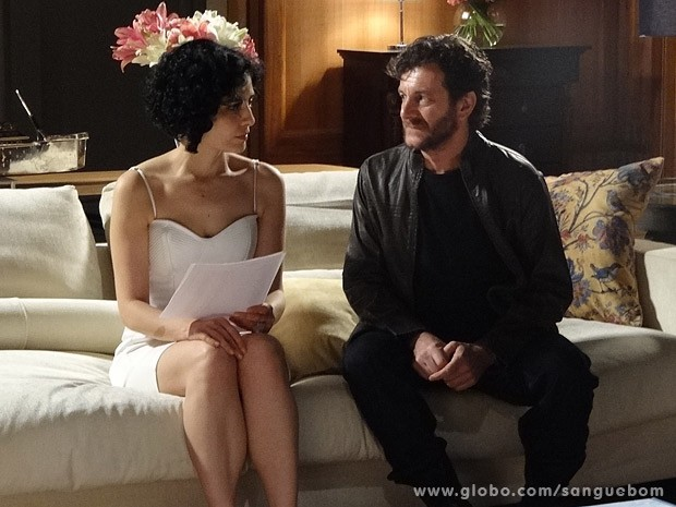 Verônica fica chocada ao conversar com Willy Bob (Foto: Sangue Bom / TV Globo)