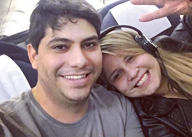Marilia Mendonça e o noivo (Foto: Reprodução Instagram)