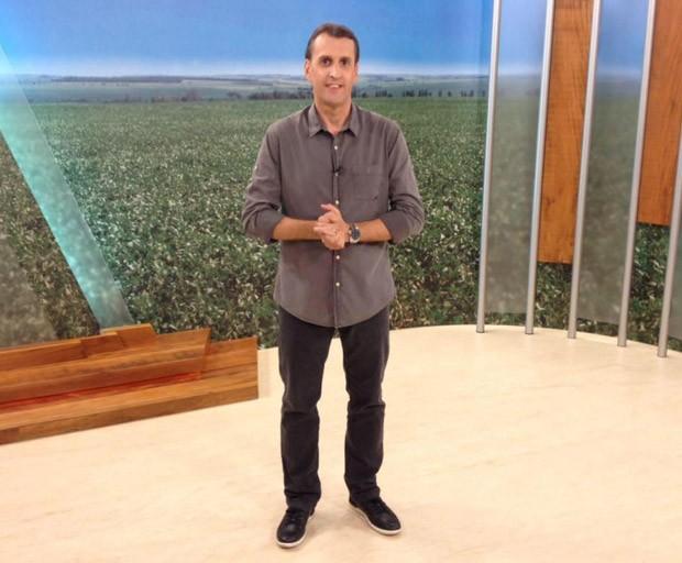 Sandro Ivanowski apresenta o Caminhos do Campo, todos os domingos, a partir das 7h30, da manhã (Foto:  Reprodução/Redes Sociais)