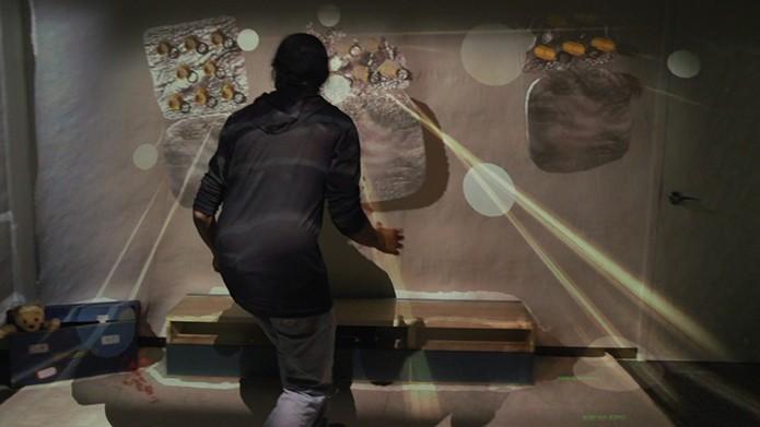 Microsoft quer usar projetor e Kinect para levar game para a sala de estar (Foto: Divulgação)