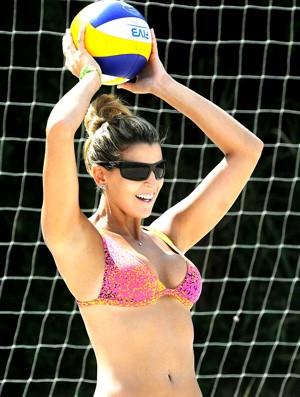 Mari Paríba treino vôlei de praia 2 (Foto: Alexandre Durão / Globoesporte.com)