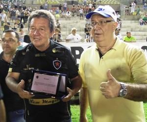 Dentinho, homenagem, Botafogo-PB (Foto: Divulgação / Botafogo-PB)