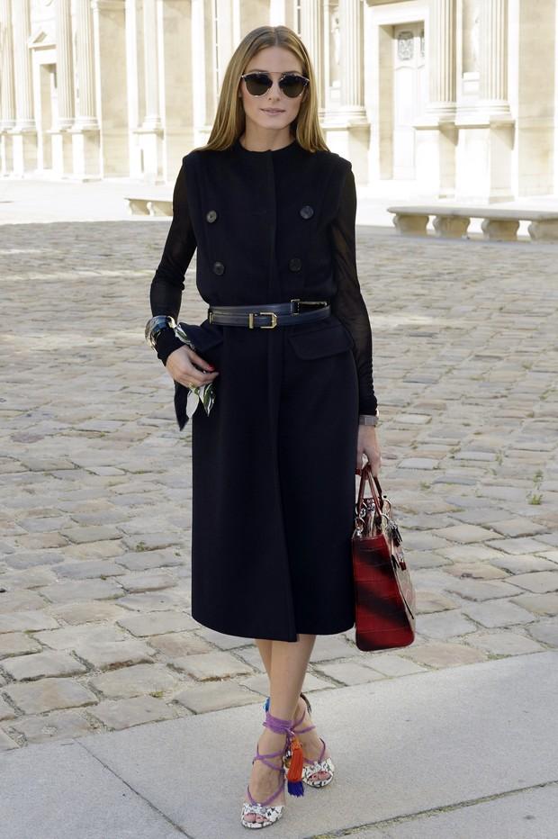 Olivia Palermo no desfile da Dior, em Paris (Foto: AFP)