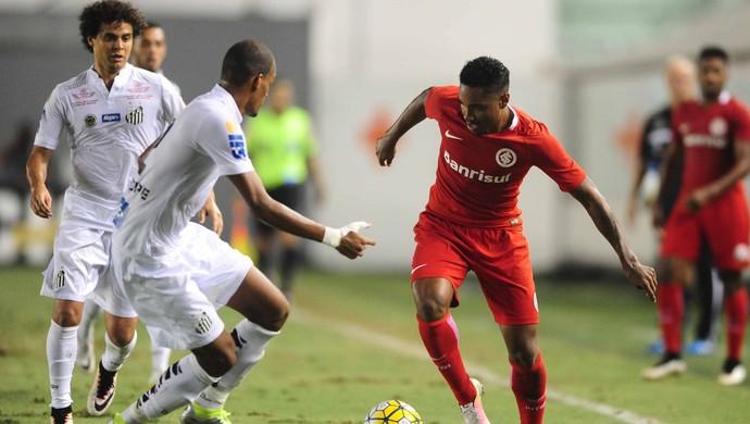 Santos x Inter na Vila Belmiro (Foto: Ricardo Duarte / Inter, DVG)