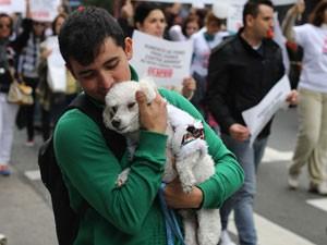 Protesto começou na Avenida Paulista (Foto: Ricardo Cardoso/Frame/Estadão Conteúdo )
