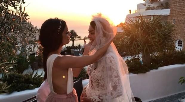 Joana Sanz e a amiga Alicia Medina (Foto: Reprodução/Instagram)