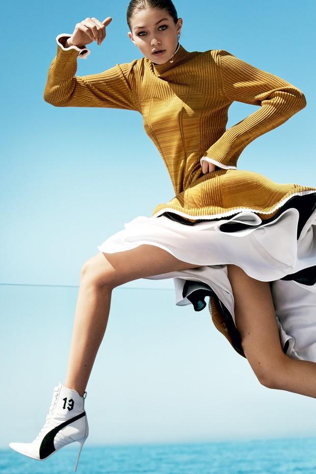 Gigi Hadid na Vogue US de agosto 2016 (Foto: Mario Testino)