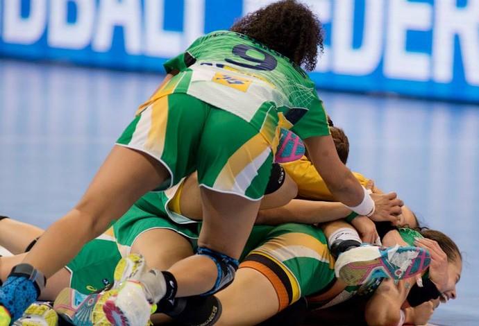 As meninas do Brasil estão na semifinal do Mundial 2014
