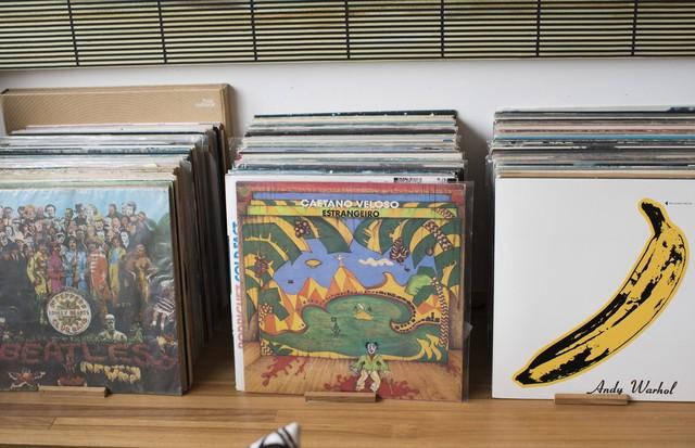 Marina Person tem coleção de discos (Foto:  Marina Person)
