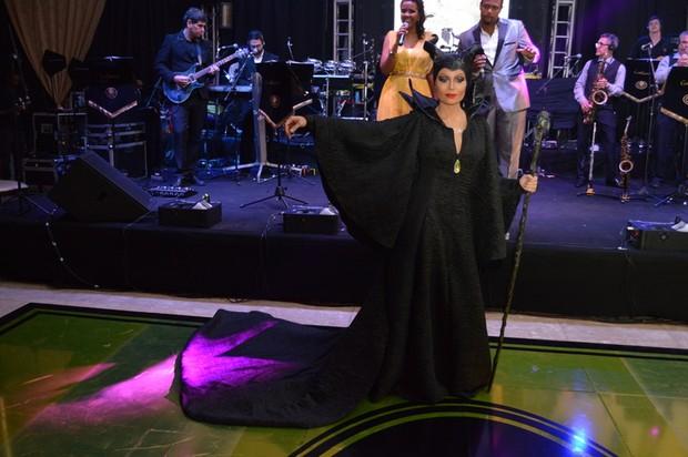 Solange Almeida comemora 40 anos  (Foto: Felipe Souto Maior / AgNews)