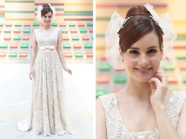 O vestido de noiva de Isabel foi emprestado por Marcela e é feito de patchwork de rendas (Foto: Malhação / Tv Globo)