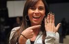 Giovanna Antonelli apresente o novo esmalte de Clara (Foto: Carol Caminha/ TV Globo)
