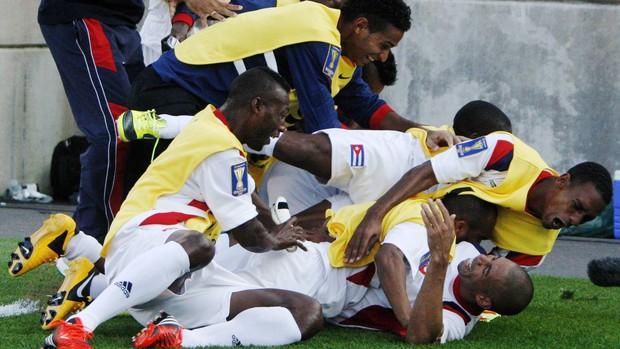 Comemoração Cuba Copa Ouro (Foto: Reuters)
