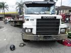 Casal é atropelado por caminhão em Santos, SP; mulher estava grávida