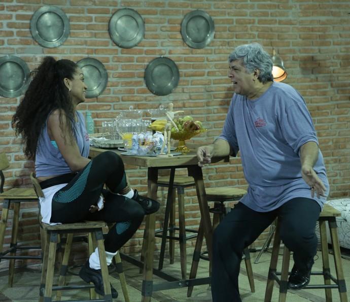 Sidney e Camila falam sobre dança e limitações antes do ensaio (Foto: Felipe Monteiro/Gshow)