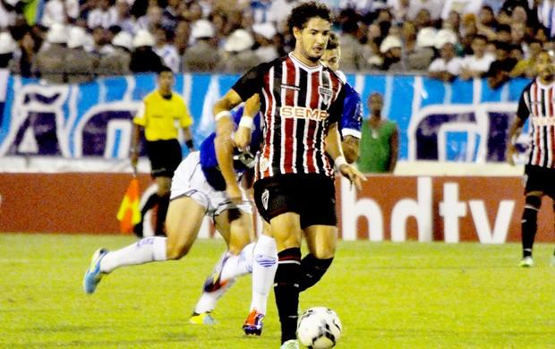 Pato jogo CSA contra São Paulo (Foto: Anderson Stevens / Futura Press)