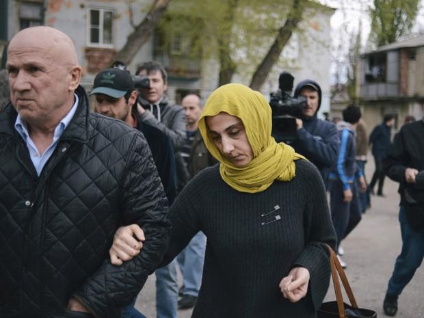 """Irmãos Tsarnaev serviram de """"bodes expiatórios""""; Pais continuam afirmando inocência dos filhos"""
