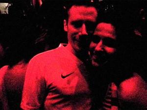 Mayara Gaze e Alex - o inglês que mora na Colômbia e é apaixonado pelo Brasil (Foto: Arquivo pessoal)