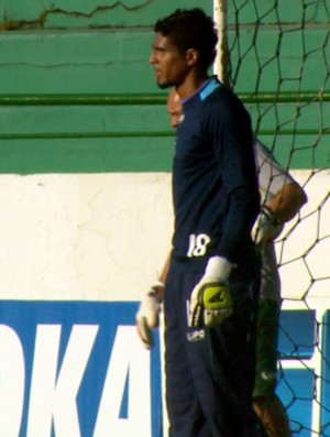 Léo goleiro Guarani (Foto: Carlos Velardi / EPTV)