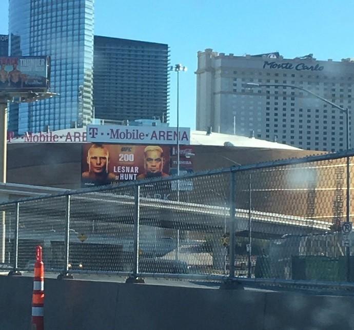 BLOG: Arena do UFC 200 já promove Lesnar x Hunt após doping de Jon Jones