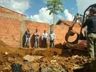 Casal confessa matar e enterrar mecânico em quintal, diz polícia