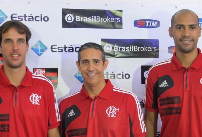 Marcelinho, Neto e Marquinhos comemoraram a vinda do Final Four para o Rio (Foto: Fabio Leme)