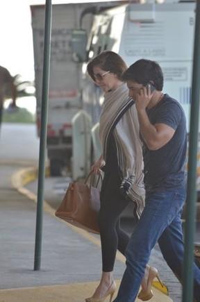 Deborah Secco e namorado (Foto: FotoRioNews / William Oda)