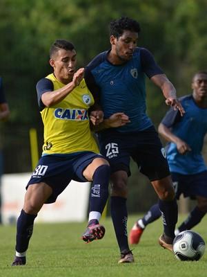 Brandão treino Londrina (Foto: Gustavo Oliveira/ Londrina Esporte Clube)
