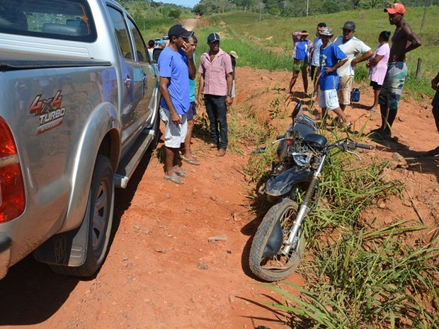 Acidente ocorreu na linha na Linha-610, zona rural de Jaru (Foto: Flávio Afonso/ A Notícia é Mais)