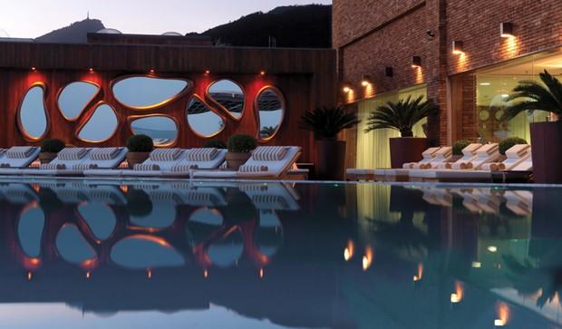 Pscina do Hotel Fasano, onde acontece o jantar da Brazil Foundation (Foto: Divulgação)