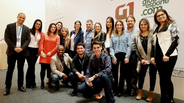 Batepapo.com - Vitor Castro, Gerente de conteúdo e internet da TV Globo, conversa com clientes da TV Tribuna (Foto: Fernanda Maciel)