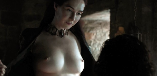 Melisandre e seu jeito sexy de ser (Foto: Reprodução)