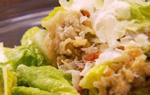 Salada caesar com ostra empanada