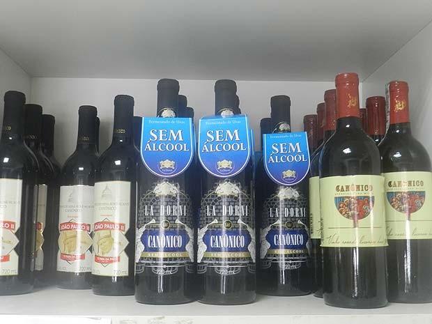Vinho sem álcool Uberlândia (Foto: Caroline Aleixo/G1)