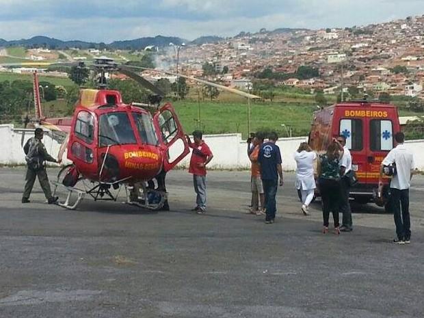 Criança foi socorrida por um helicóptero do Corpo de Bombeiros (Foto: Fabíola de Paula/Arquivo Pessoal)