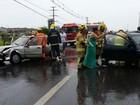 Acidente entre dois carros deixa duas vítimas na DF-075