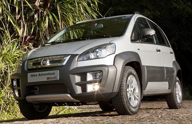 Fiat siena e idea encarecem na linha 2015 auto esporte for Fiat idea adventure 2015 precio