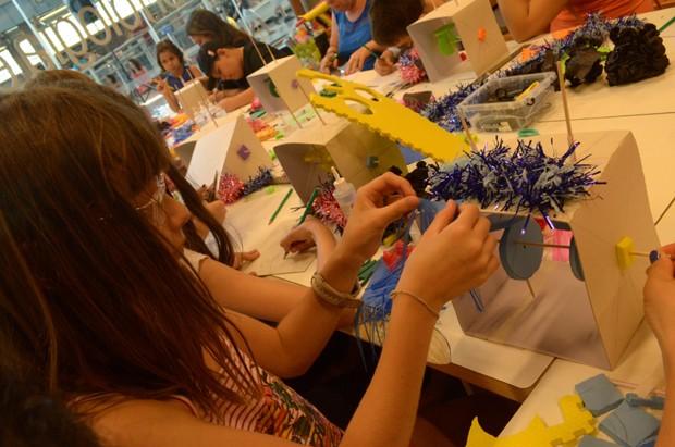 Na oficina, as crianças poderão brincar de engenheiros com o auxílio dos pais (Foto: Lia Mara Milanelli)