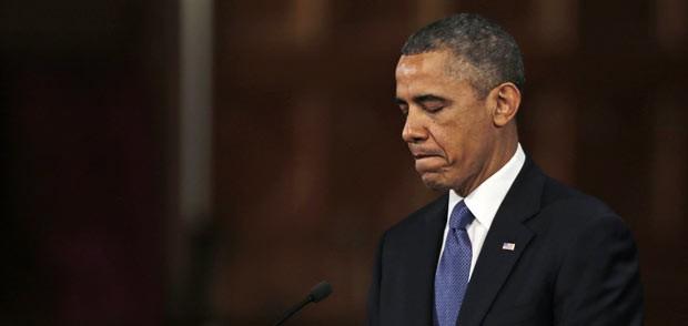 O presidente dos EUA, Barack Obama, fala durante cerimônia ecumênica em homenagem às vítimas da maratona, nesta quinta-feira (18), em Boston (Foto: AP)