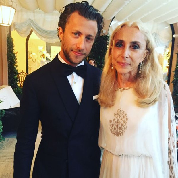 Francesco Carrozzini with Carla Sozzani before the premiere of his documentary (Foto: @SuzyMenkesVogue)