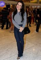 Look do dia: Fernanda Souza usa bolsa de R$12 mil para ir ao teatro